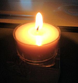 a.candlelite.jpg